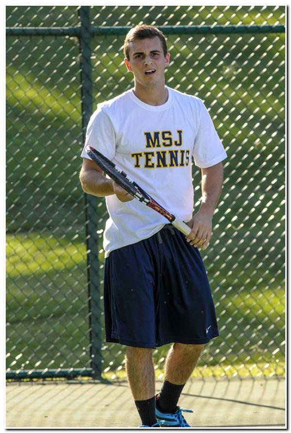 Lions' men's tennis drops season-ending match at Franklin College