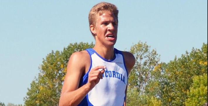 Hinze leads Men's Cross Country at Wisconsin Private College Championships