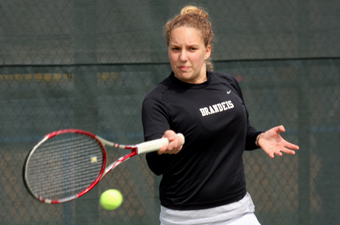Women's tennis drops close match against Trinity College, 5-4
