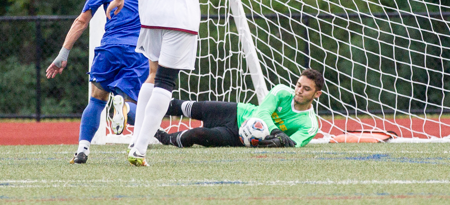 Men's Soccer Drops 3-0 Decision to Saint Joseph's (Me.)
