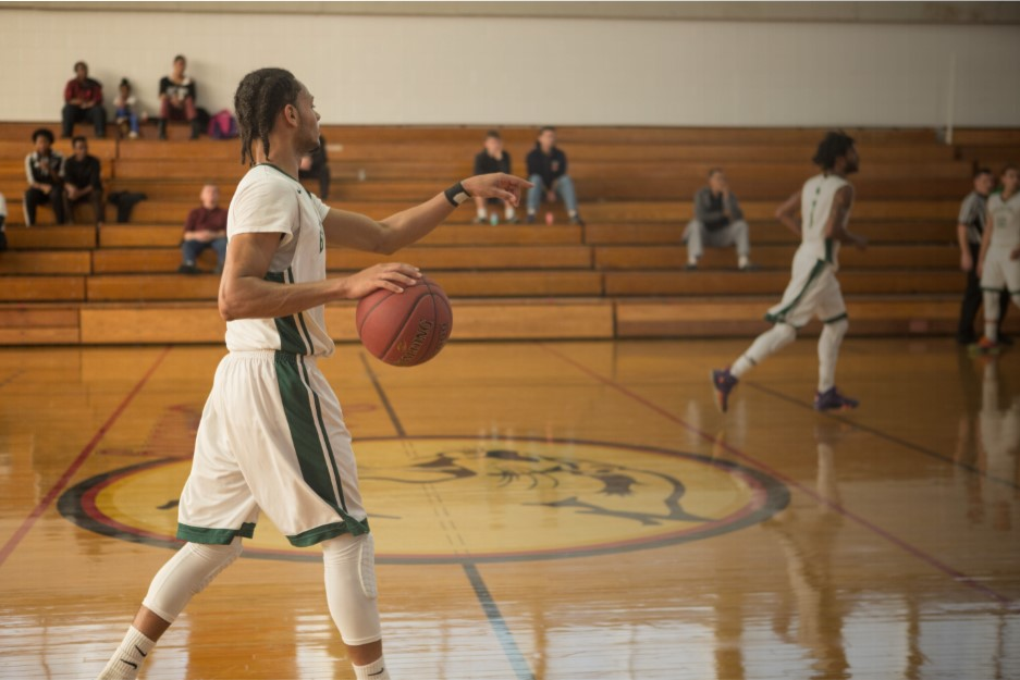 Men's Basketball loses Tough Game to Holyoke in OT 108-101