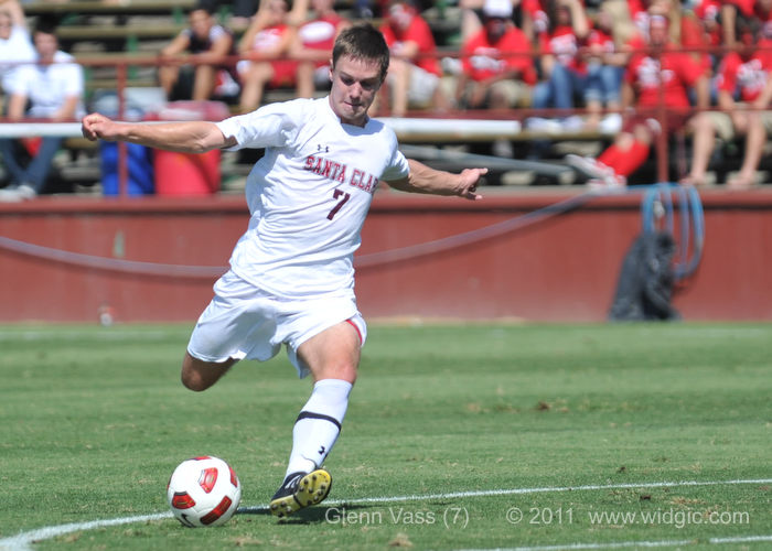 Two Men's Soccer Players Earn WCC All-Academic Honors