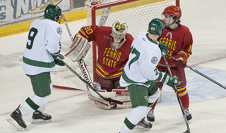 #4 Ferris State Hockey Wins Fourth-Straight By Beating Bemidji State In Weekend Opener