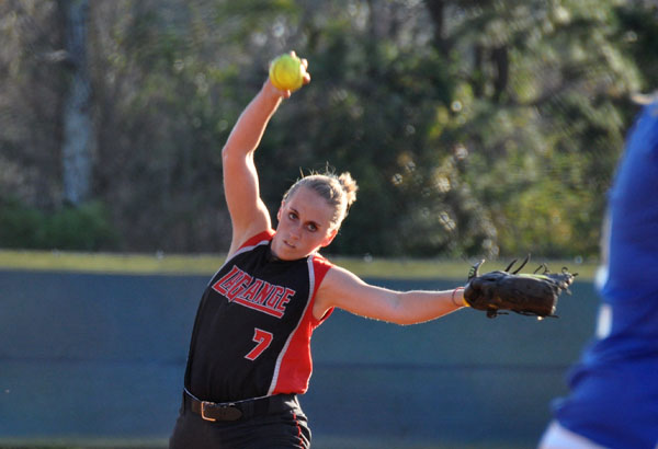 Softball: Panthers swept by Reinhardt 3-0, 6-0
