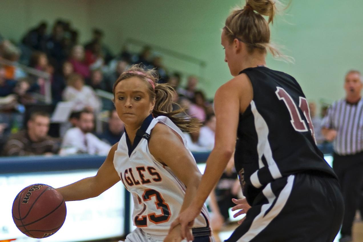 Mendenhall, Lady Eagles knock off Lincoln Memorial in overtime, 97-91
