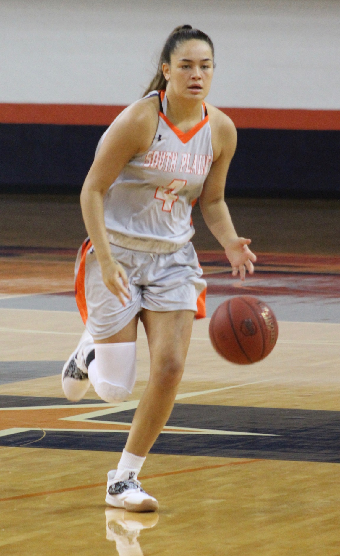 No. 8 Lady Texans thump Howard 72-49 Monday in Levelland