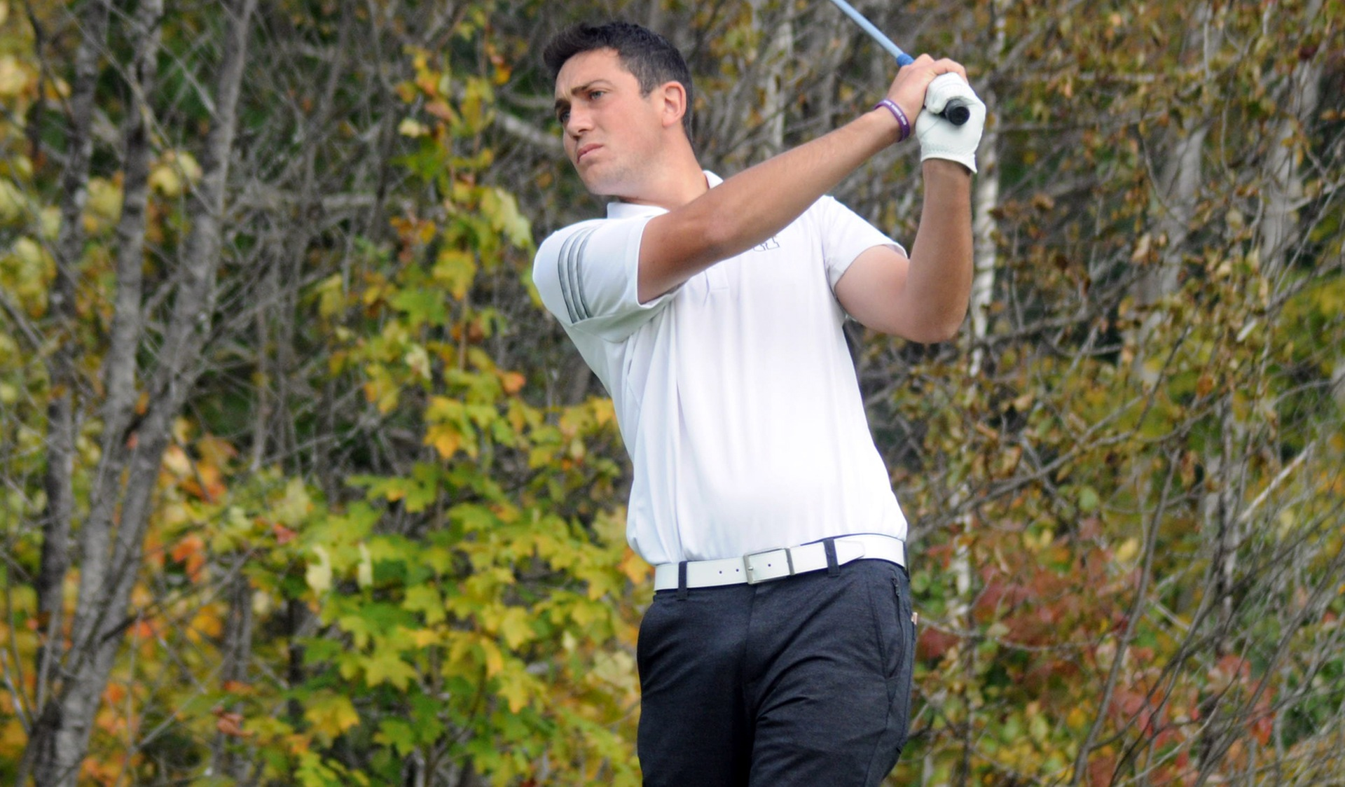 HAWKS TEN STROKES BETTER ON DAY 2 BUT FIND THEMSELVES TIED ATOP LEADERBOARD
