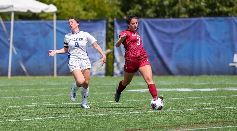 Women's Soccer Finishes in a Double Overtime Draw against Rivier