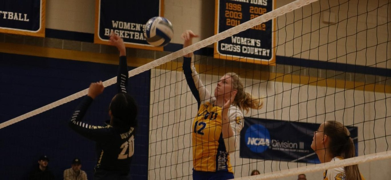 No. 21 Women's Volleyball Heads Back to GNAC Title Game For Sixth Straight Year; Defeats Suffolk, 3-0