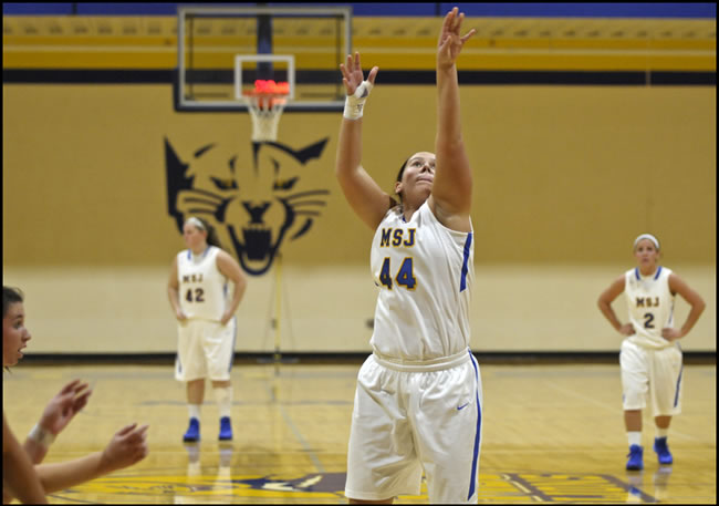 Lions' women's basketball team outlasted by Bluffton University, 68-60