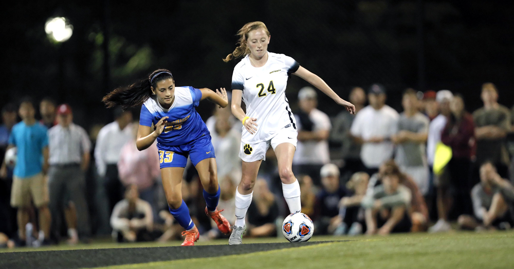 Rodriquez, Donahue Propel Women's Soccer to First Win