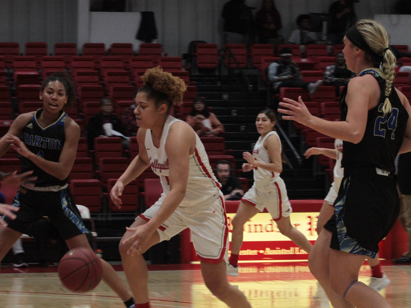 Lady Ravens Fall short in Home Thriller