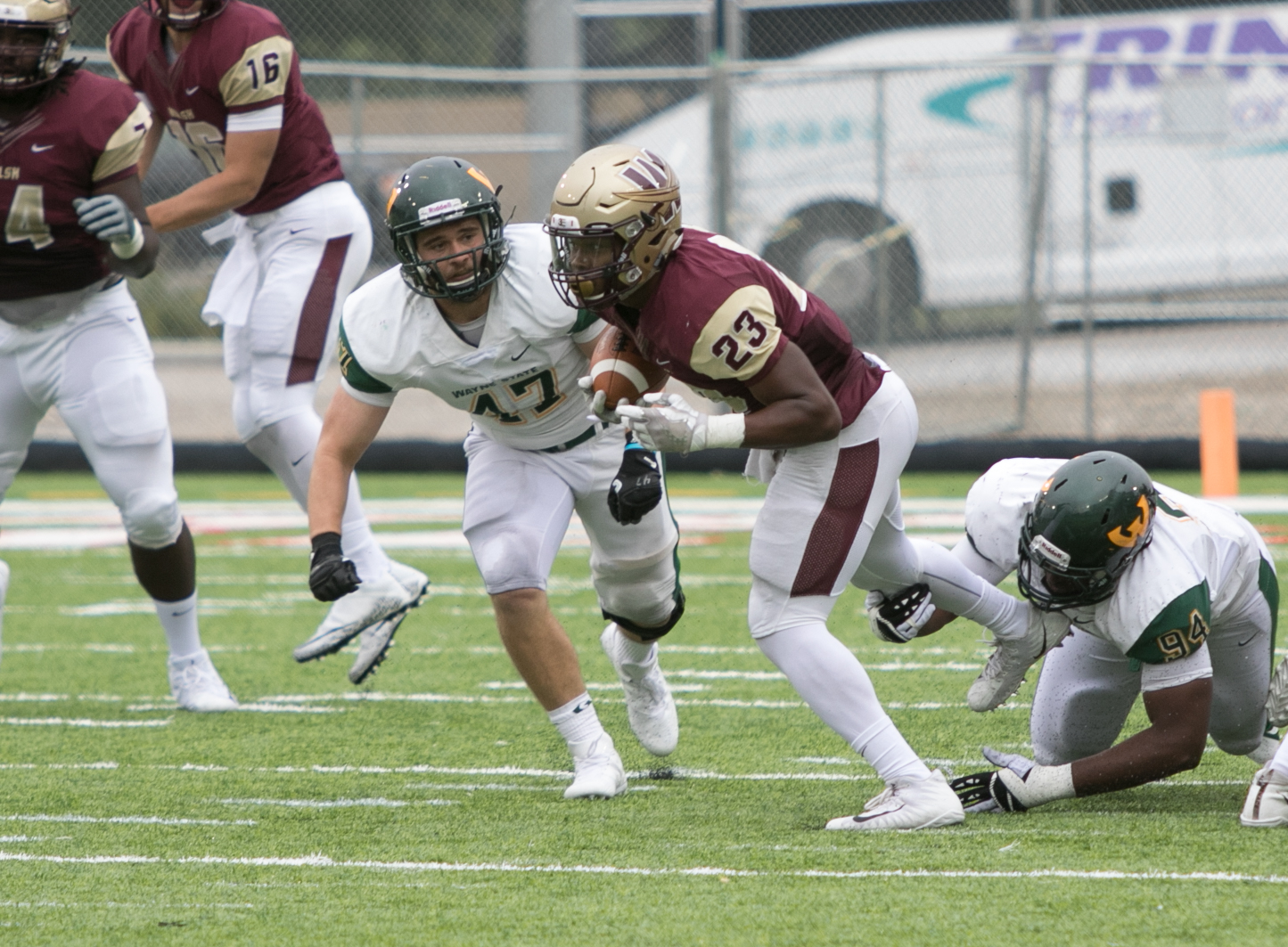 Walsh Set For Battle At Jacksonville; Kickoff Now At Noon