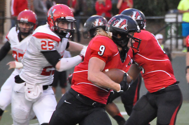 Football: Panthers stun Huntingdon with fourth quarter comeback