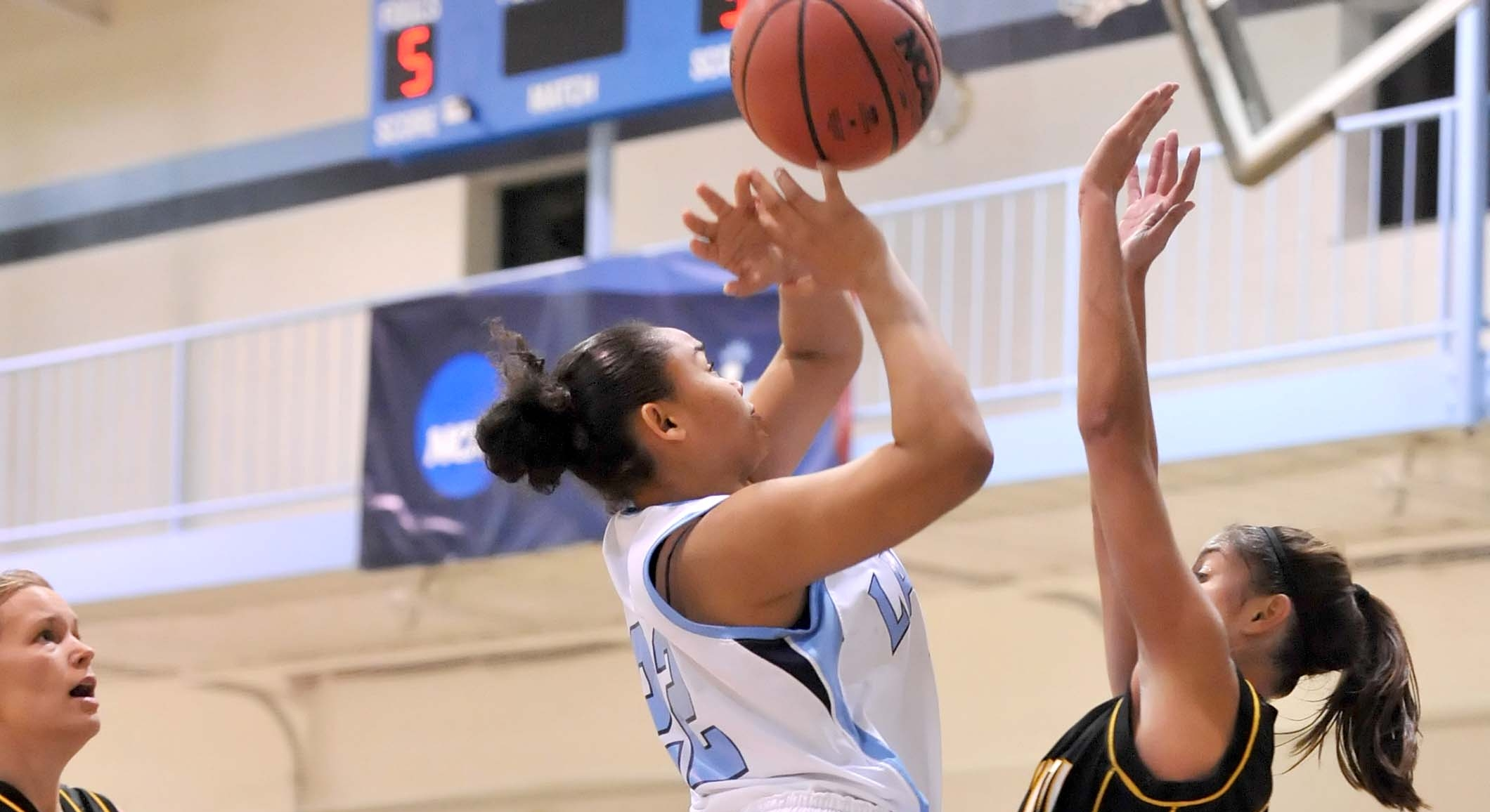 Lasell Holds Off Pine Manor in Women's Hoops Action