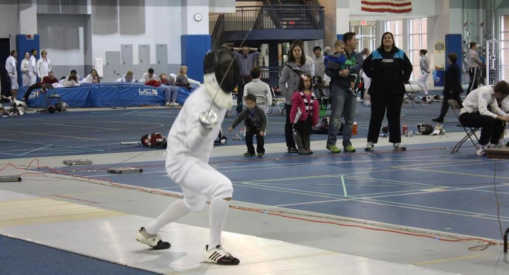 Strong Fencing Performance At Case Western Reserve Duals
