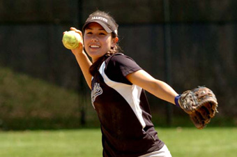 Softball downs Case, 6-2, and falls to WashU, 6-1