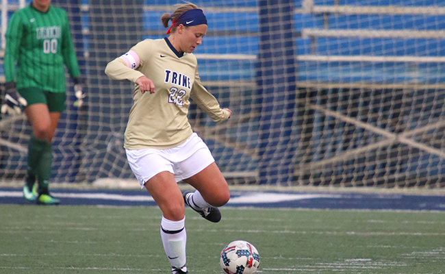 Women's Soccer Falls to Hope