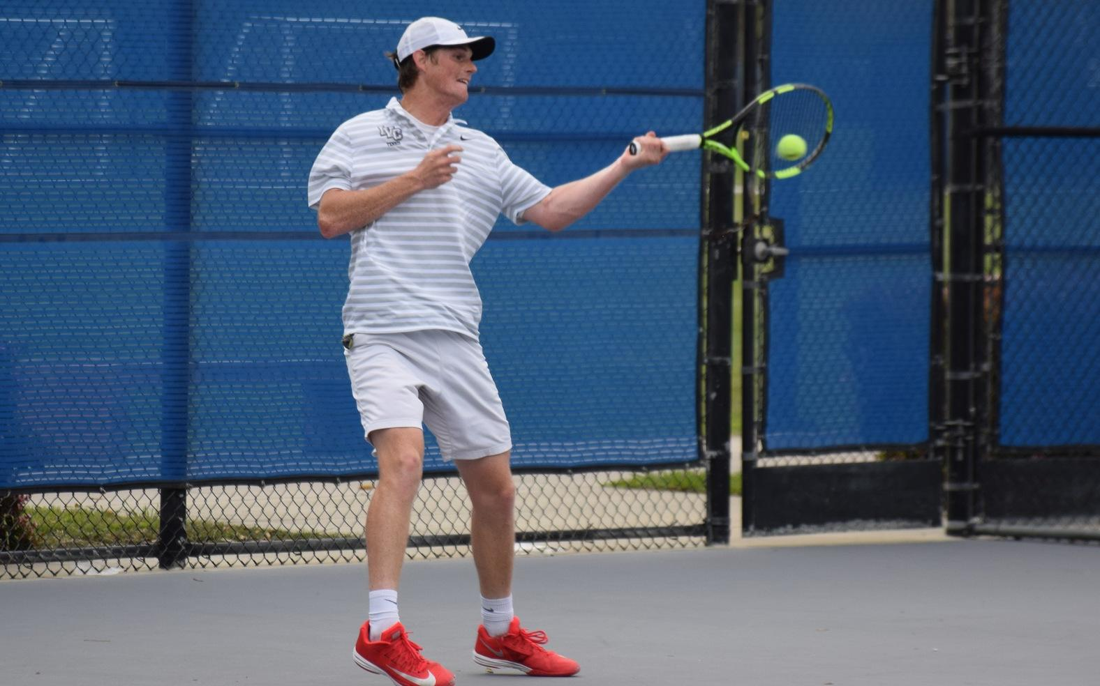 Men's tennis team stays in third place in standings with win at OCC