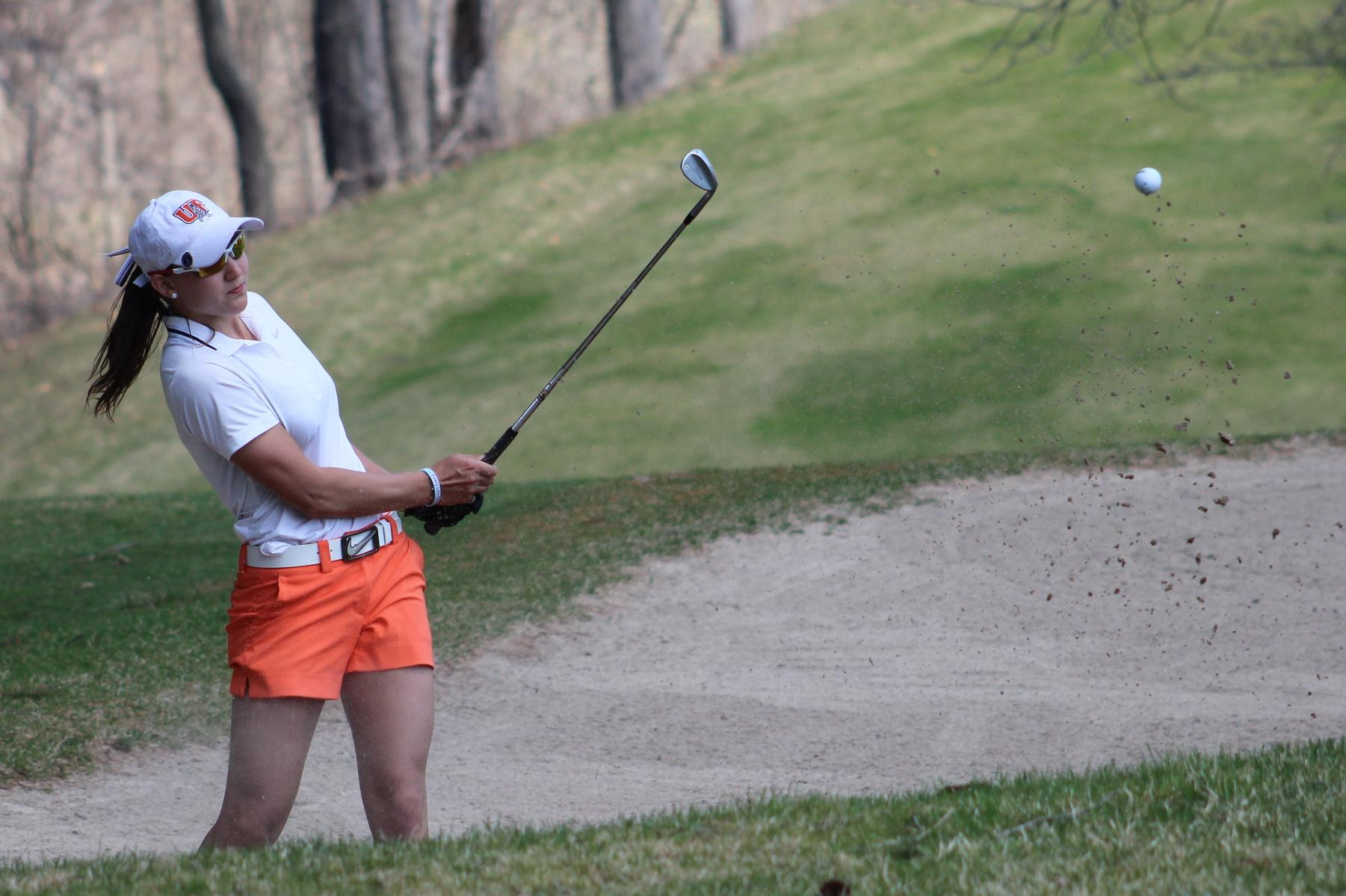 Findlay in First Place After One Round in Midland