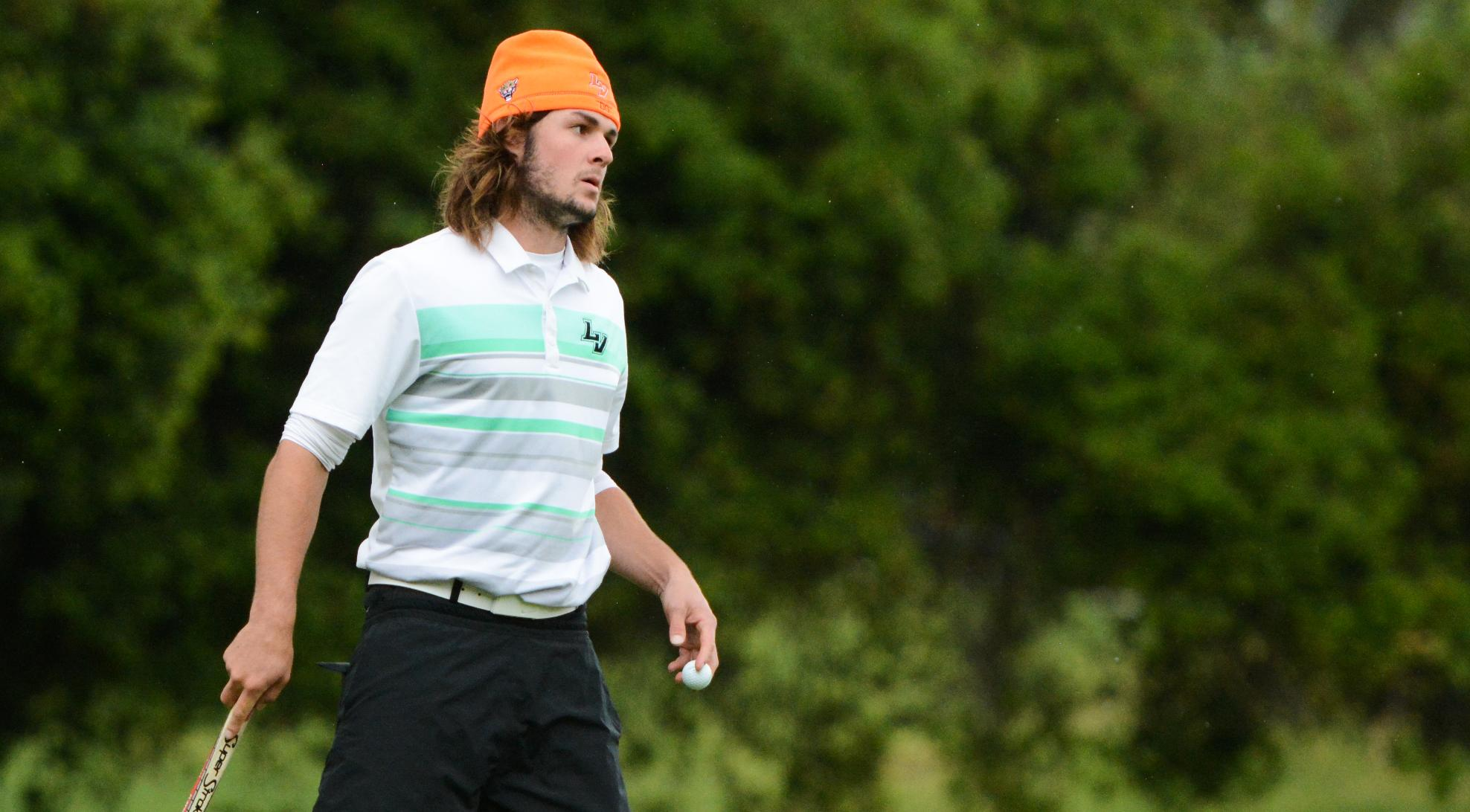 Men's Golf takes commanding lead at West Cup