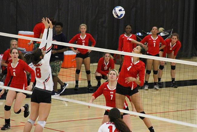#17 Mesa Fall to #1 Glendale in Straight Sets