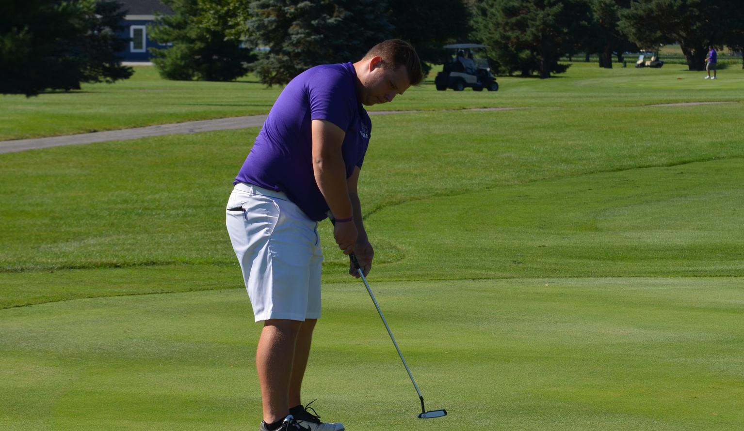 Dolan Captures a Top Ten Finish to Lead Men's Golf