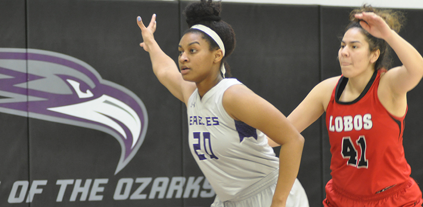 Diamond Goodwyn posted a double-double with 11 points and ten rebounds.
