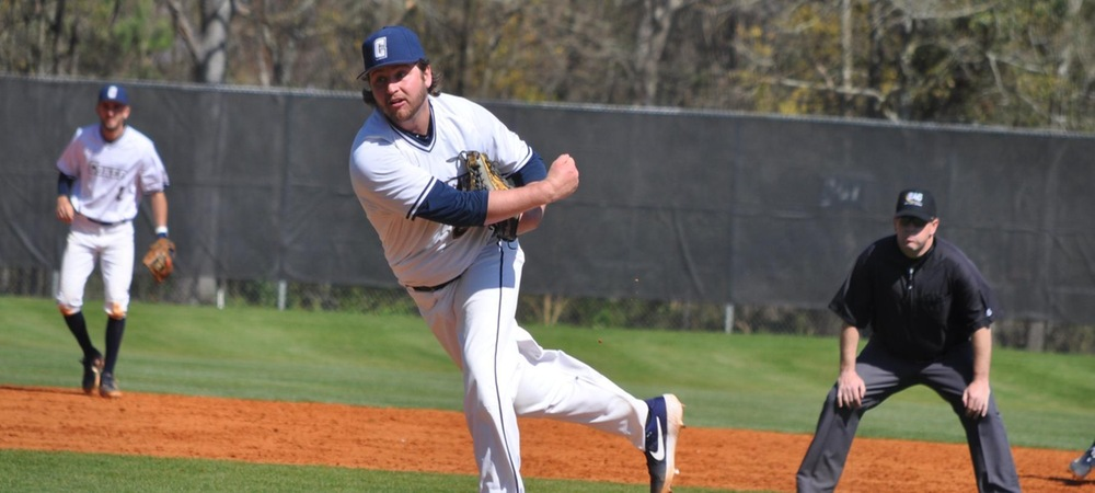 Cobras Split Non-Conference Doubleheader with Eckerd