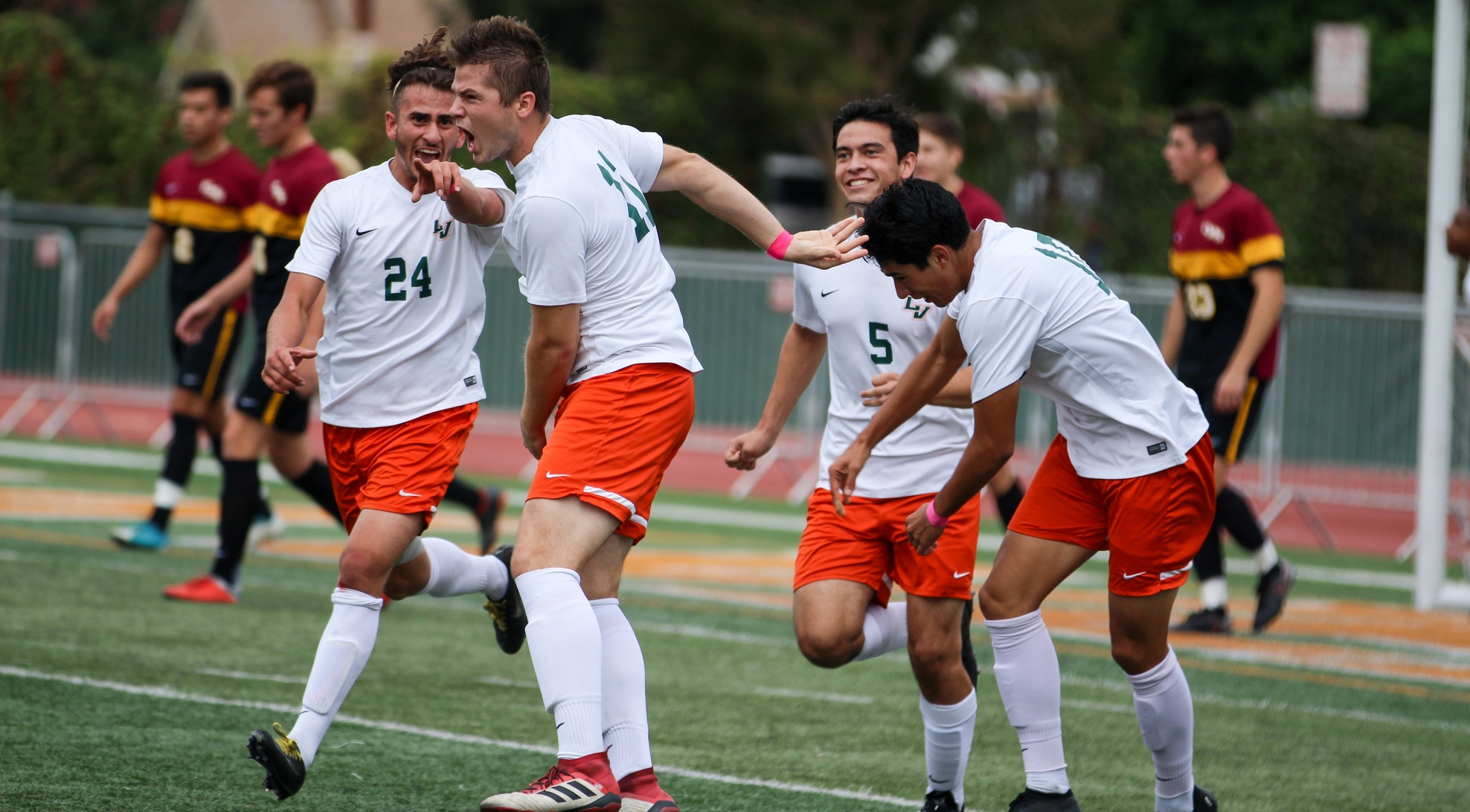 Men's Soccer takes down No. 25 CMS