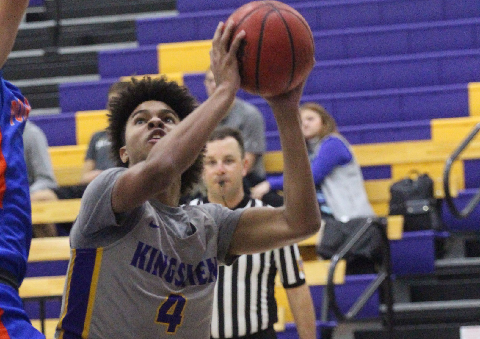 Thomas Notches Double-Digit Points for Sixth Straight Game; Kingsmen Fall to Falcons