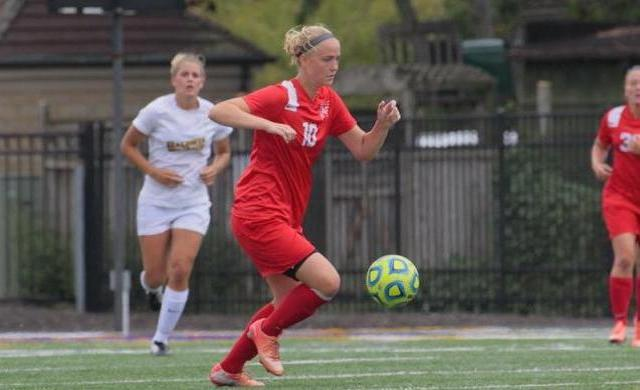 Liddiard Scores Late to Lift Women's Soccer Past LFC