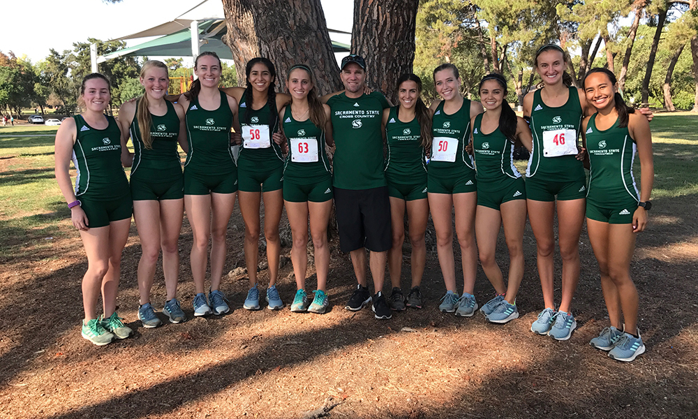 QUINONES, WOMEN'S CROSS COUNTRY FINISH FIRST, MEN SECOND AT FRESNO MEET