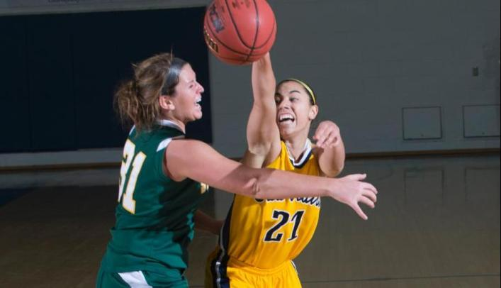 Women's Basketball Wins on Day One of Smokey Ballenger Classic