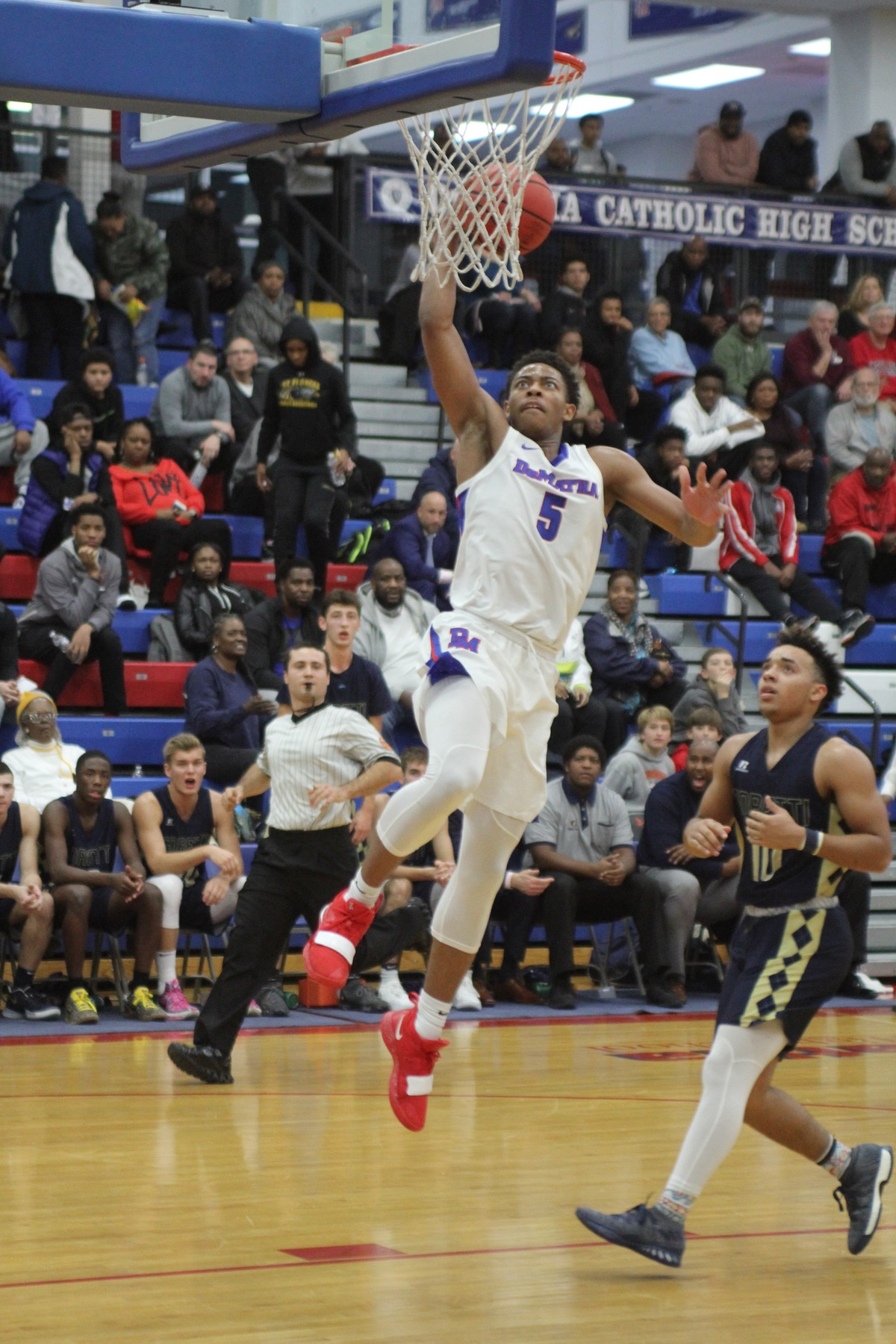 DeMatha Senior and Villanova commit has the Stags rolling to begin the season.