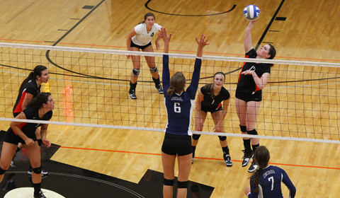 Second Half of Northwest Conference Action Begins With 3-1 Loss For Volleyball