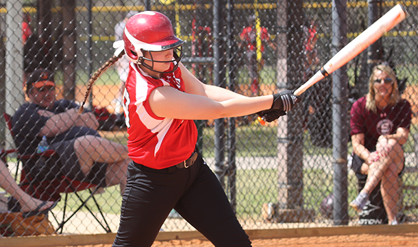 Softball Drops Two with Yellow Jackets and Panthers
