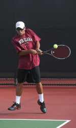 Men's Tennis Goes 3-0 at First Day of Battle of the Bay