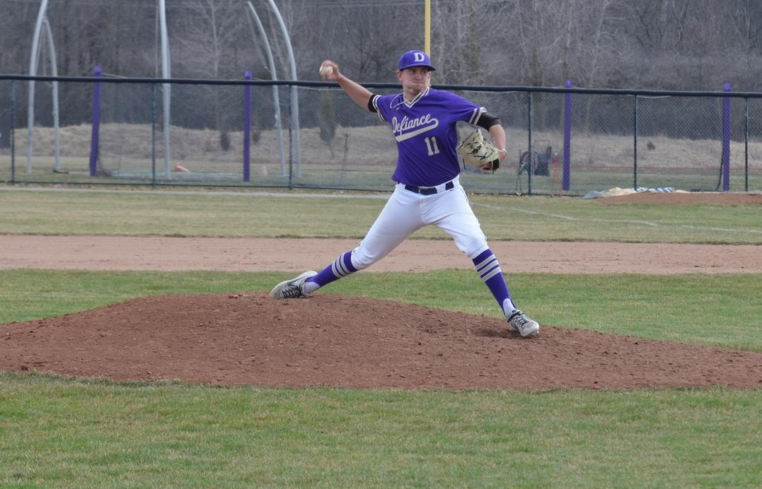 Baseball Sweeps Transy in Home Opening Weekend