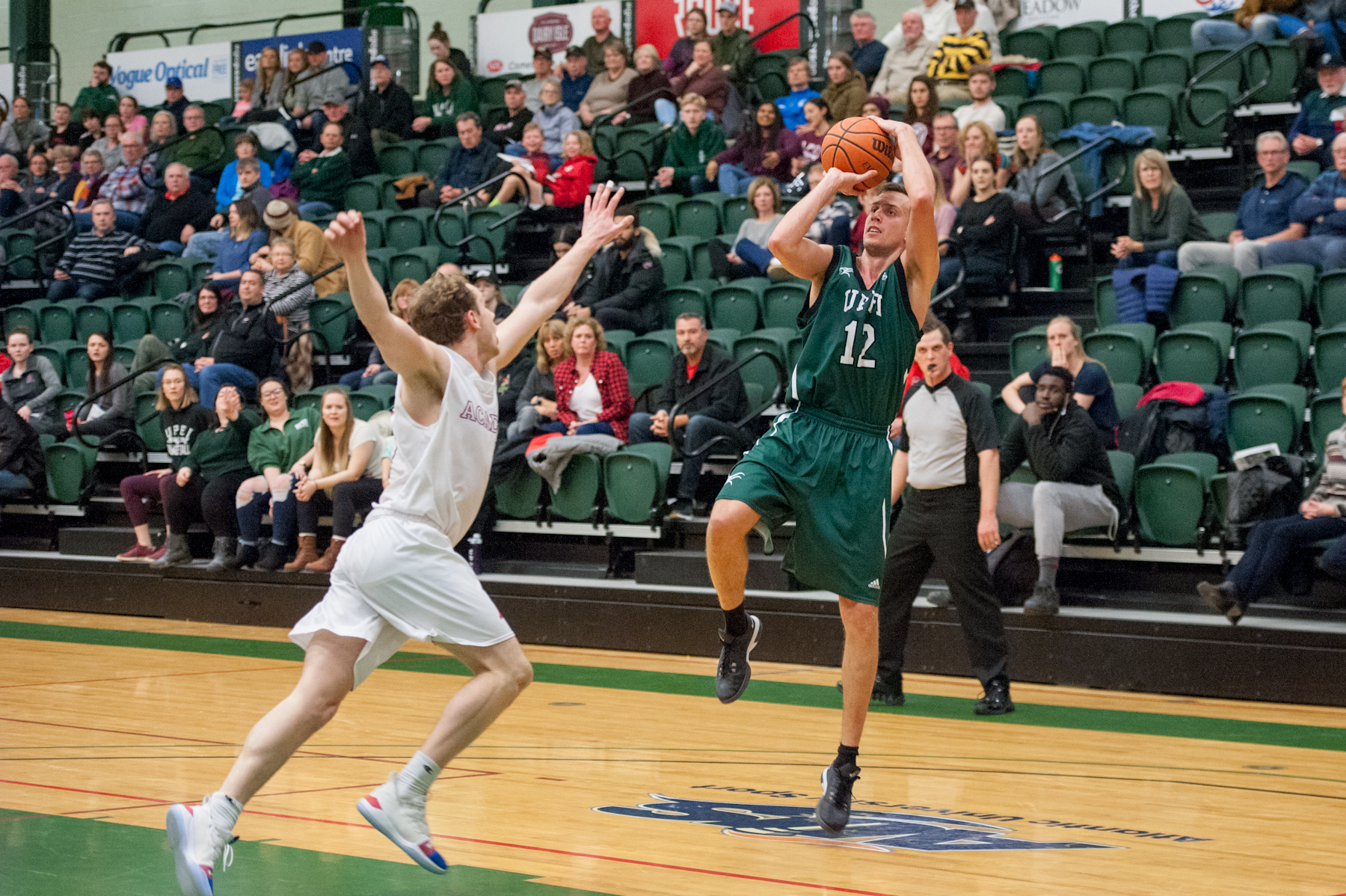 Sedlarevic pours in 25 points in home finale as Panthers edge Axemen 91-85