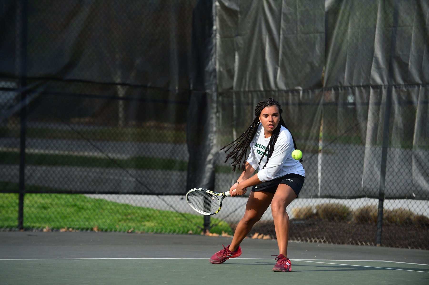 Women's Tennis Falls in MAC Commonwealth Regular Season Finale