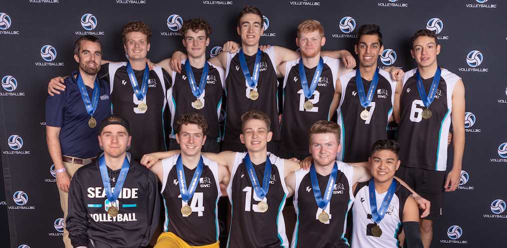 CapU head coach Dave Dooley (back row, far left) and new recruit Markus Bratsberg (front row, middle) led Seaside 18U Surf to provincial gold in April. Photo Paul Yates / Vancouver Sports Pictures