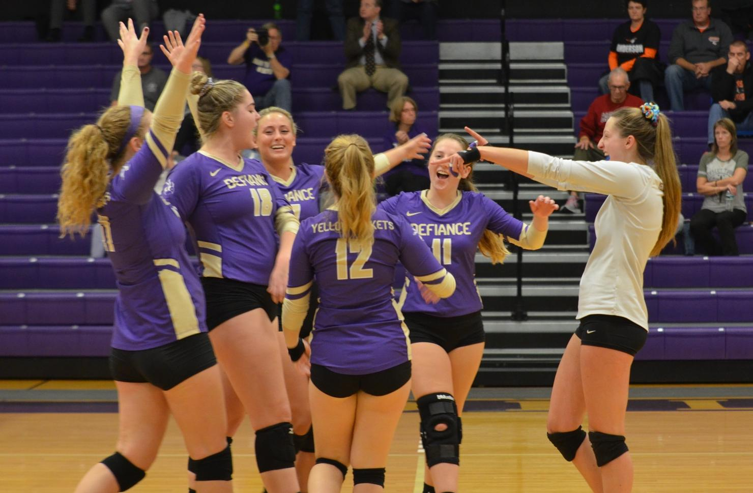 Volleyball Sweeps Their Way to HCAC Victory