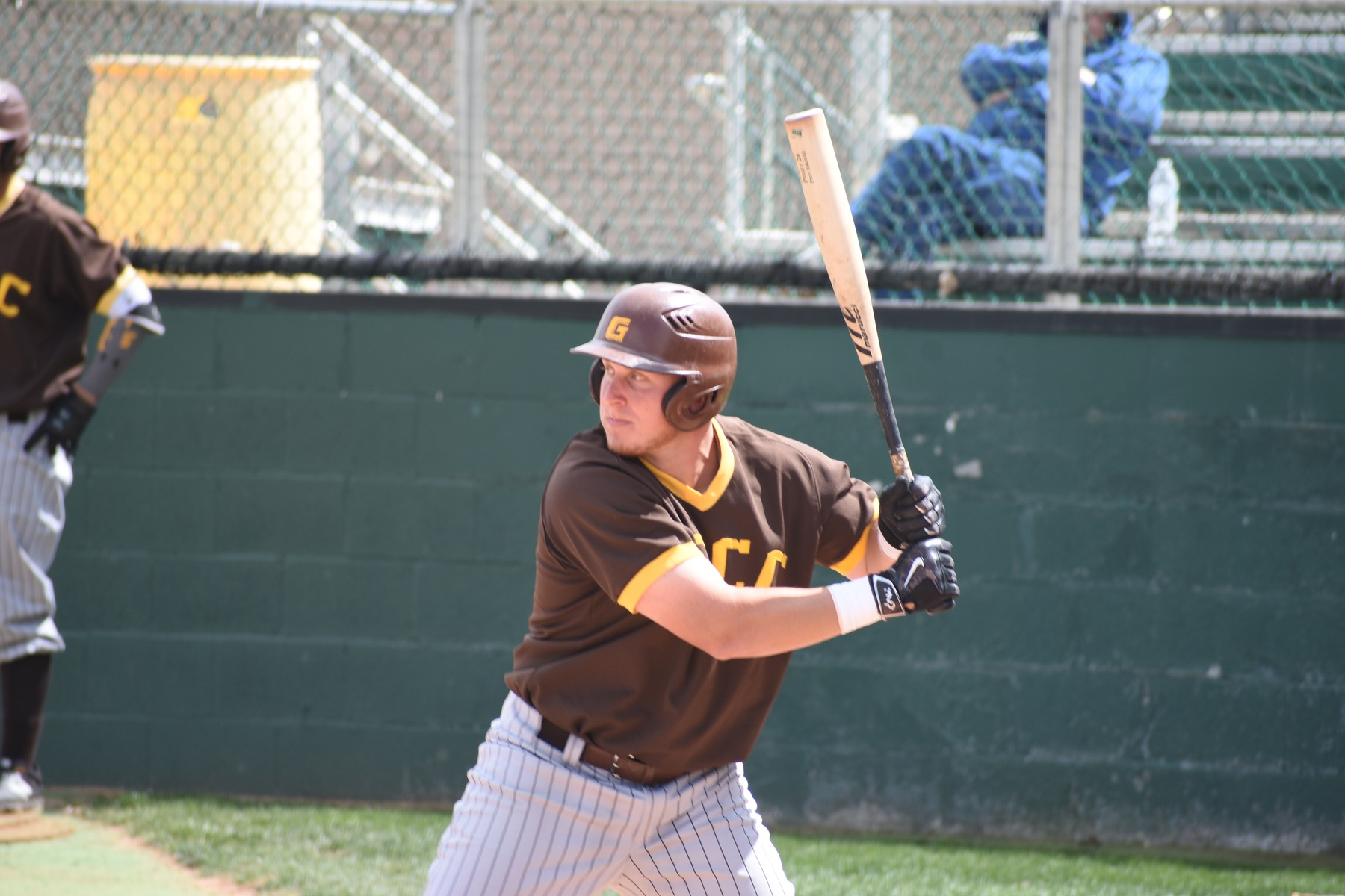 Truslow goes yard twice; Garden City earns split at Seward