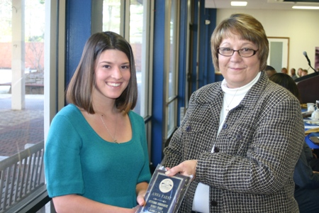 Faust receives GSW business school honor