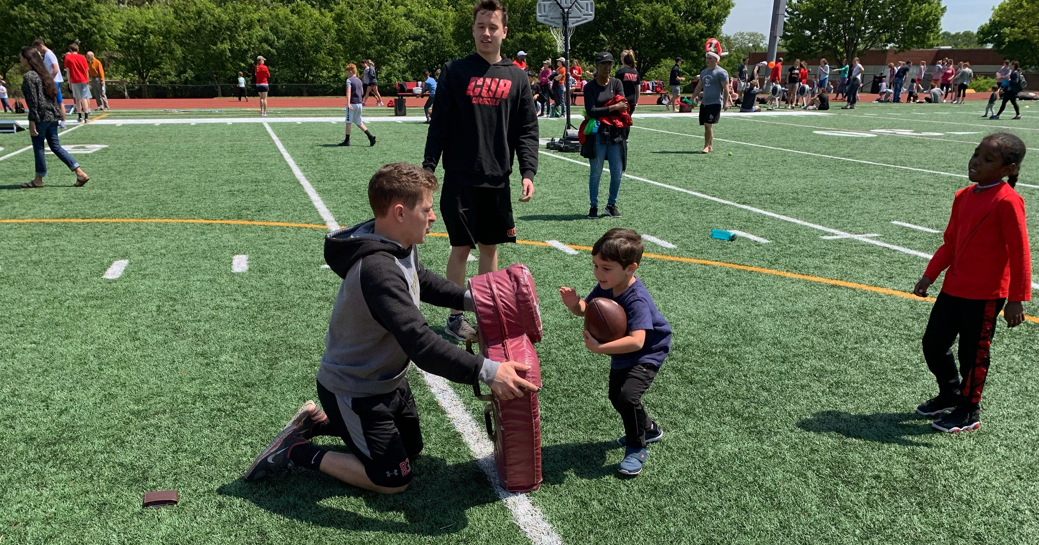 Cardinals Host Sixth Annual Brookland Field Day