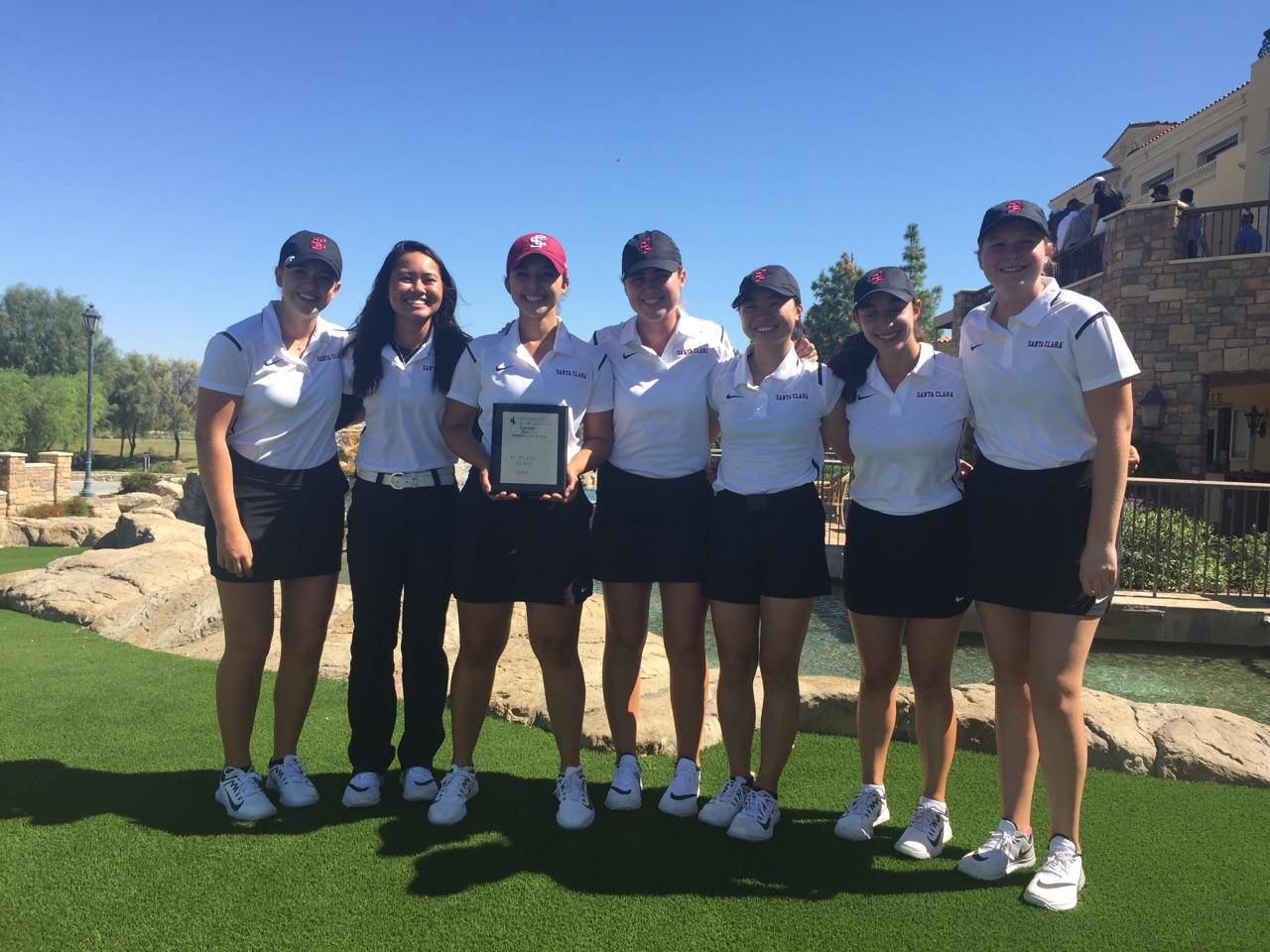 Women's Golf Successfully Defends Cowgirl Desert Intercollegiate Title; Le Rallies For Individual Honors