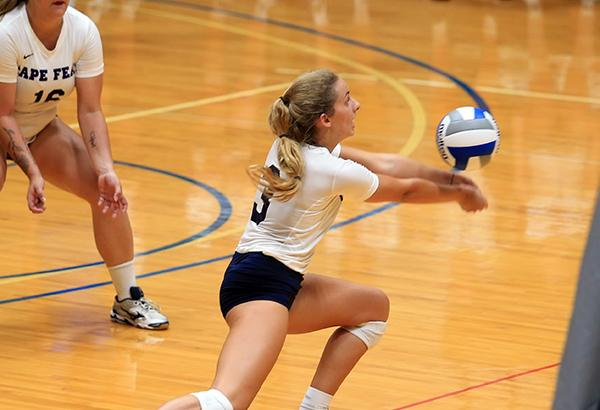 Volleyball Wins Opening Conference Match