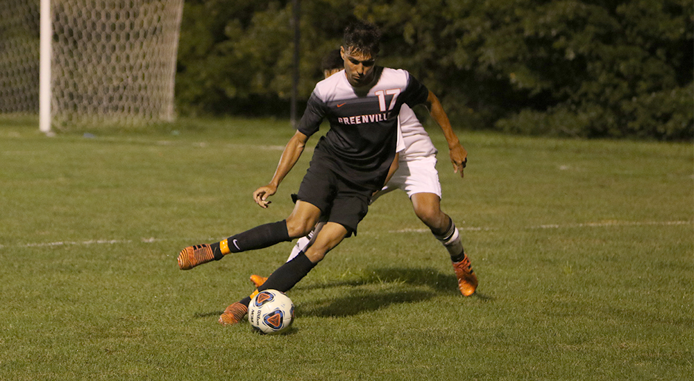 Men's soccer pushes winning streak to five