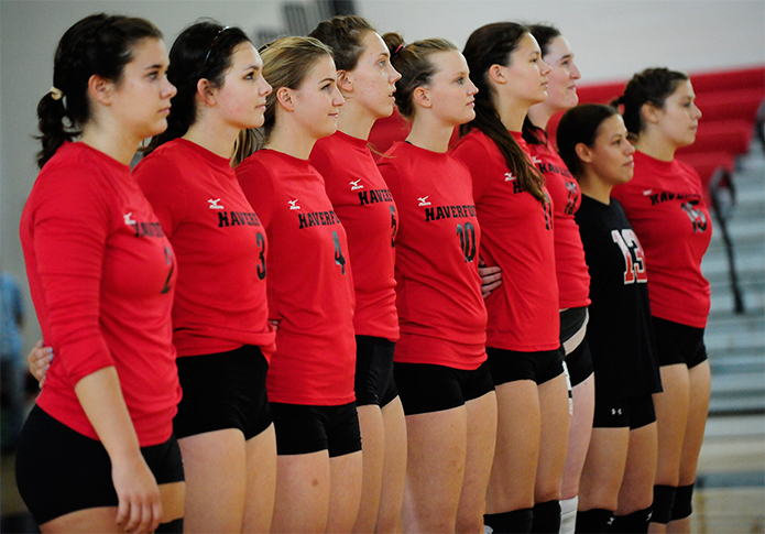 Volleyball reaches 20-win mark with sweep of Bryn Mawr